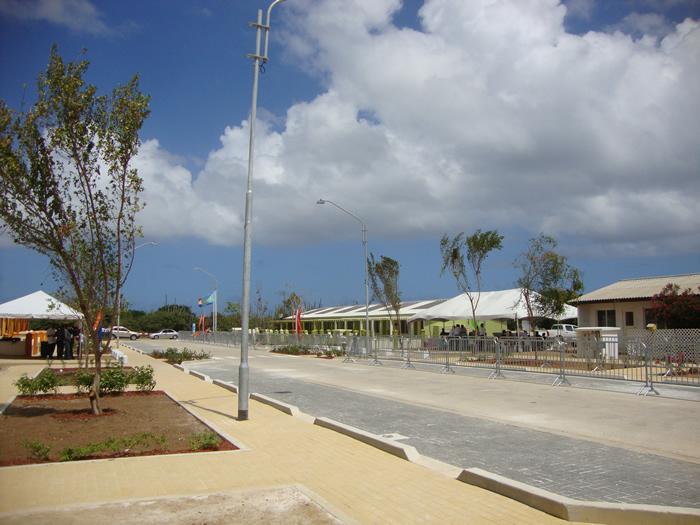 Vista geral da rua remodelada
