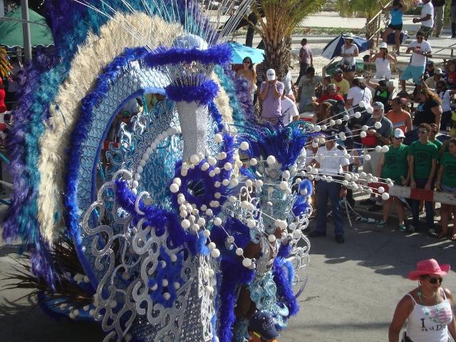grande_desfile_carnaval_aruba_2012 (36)