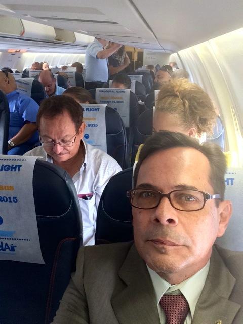 consul dentro do avião